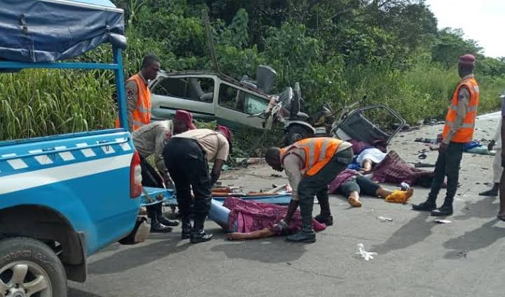 8 Student Of Olabisi Onabanjo University Met Their Untimely Death On the way to Lagos