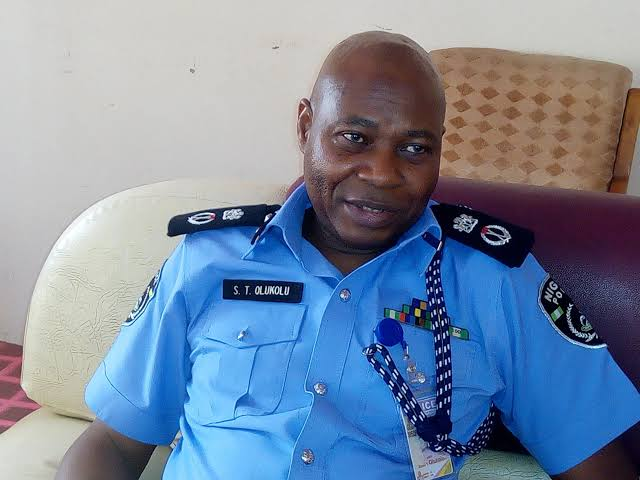 Oyo CP Warns Residents On Indiscriminate Construction Of Unmanned Street Security Gates  ……cautions on criminal use of motorcycles to abduct innocent victims