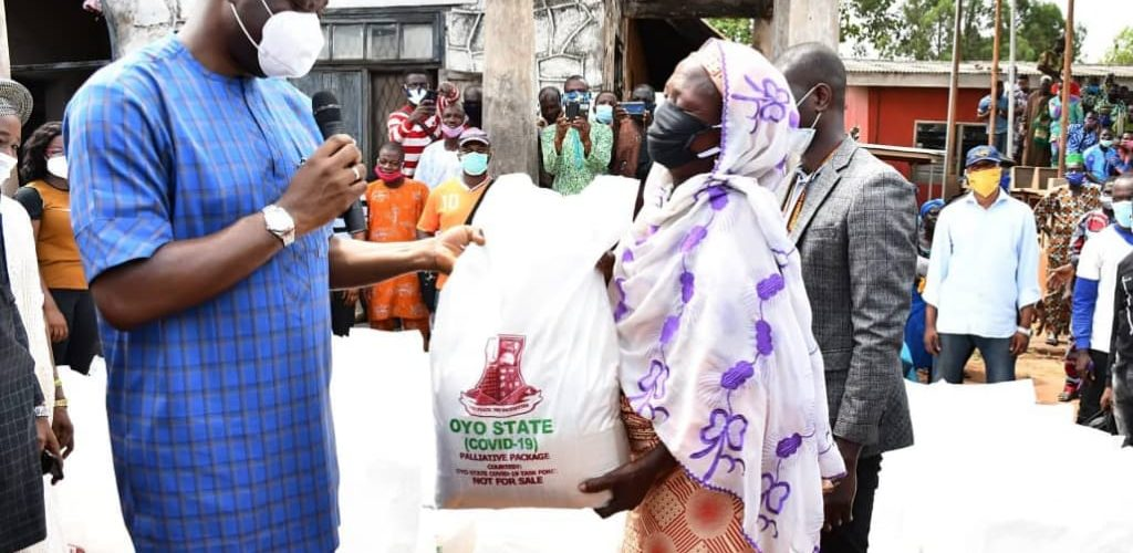 Makinde Kicks Off Distribution Of Palliatives In Ibarapa …Thanks The People Of Ibarapa For Their Support During 2019 Elections